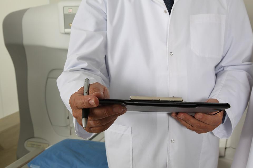 Существует конкретный порядок действий перед операцией по уменьшению груди