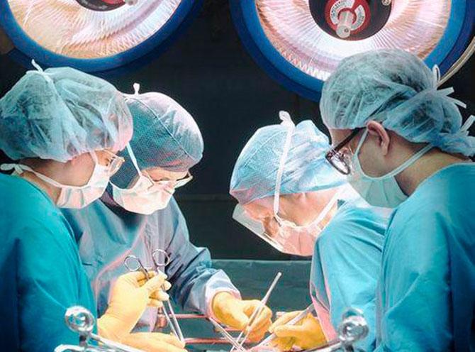 Хирурги из Великобритании провели уникальную операцию
