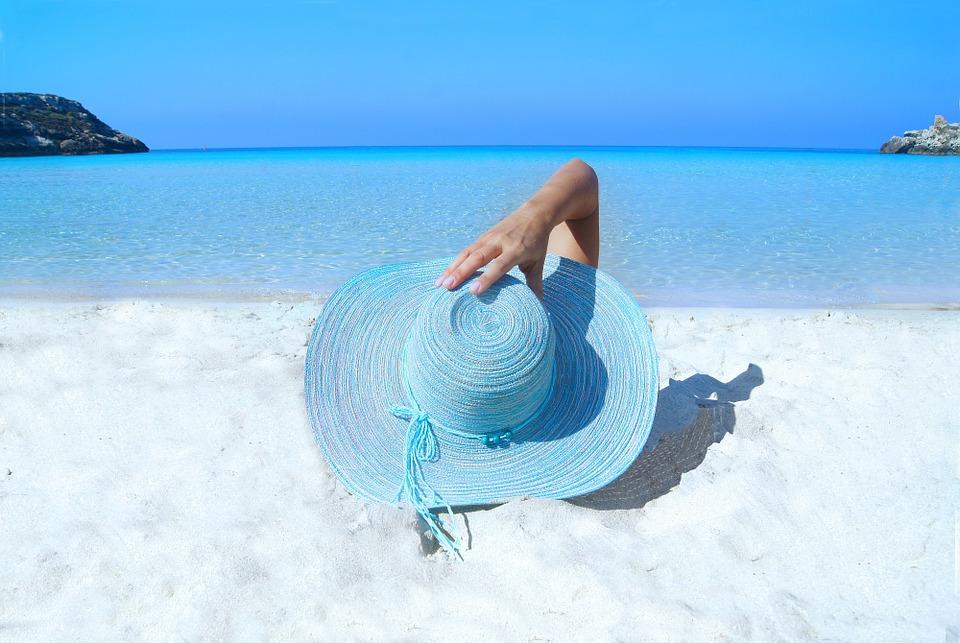 Косметологи назвали 5 нежелательных процедур для летнего сезона