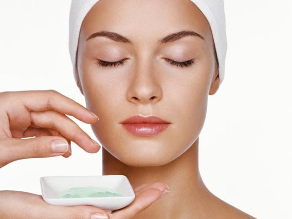 Косметические процедуры, направленные на устранение морщин, значительно снижают эмоциональный фон