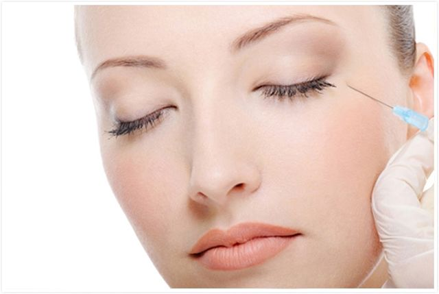 Косметологи заявили, что пластическую хирургию со временем потеснят более простые процедуры