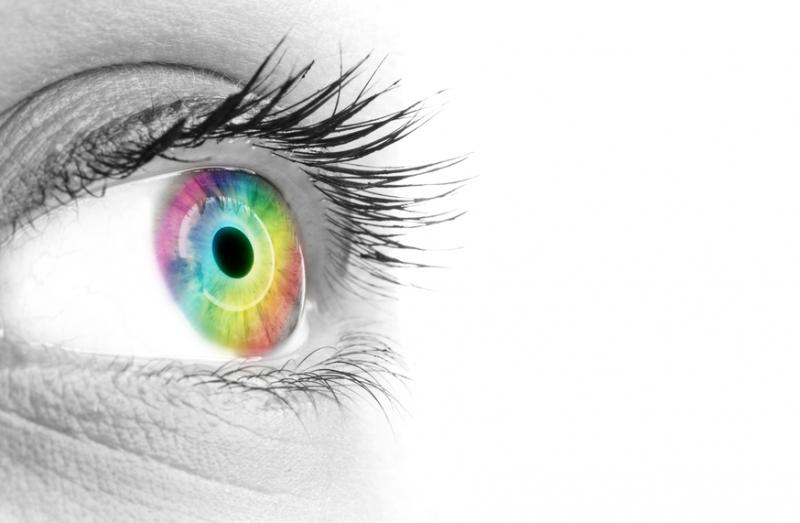 Женщина говорит что липосакция спасла ее зрение