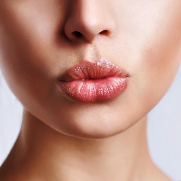 Увеличение губ – показания, этапы, стоимость