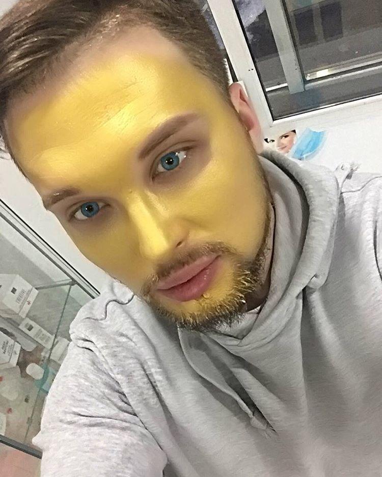 Косметологические эксперименты тоже не чужды Егору