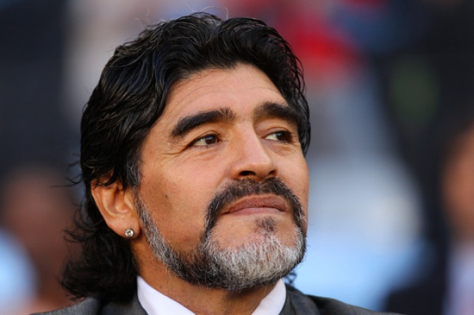 Диего Марадона решился на подтяжку лица ради любимой